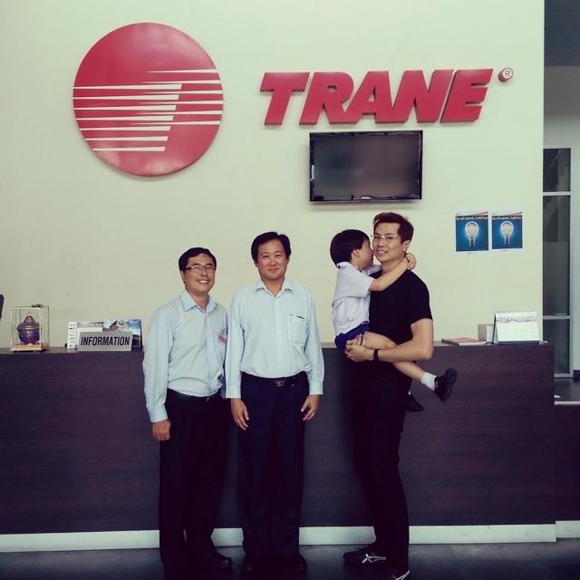 ขอบคุณพีวันชัยที่พาไปให้รู้จักผู้บริหารของแอร์เทรนประเทศไทยและพาเดินดูโรงงานนะครับ